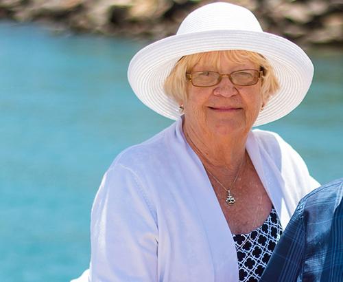 Annette C (86)